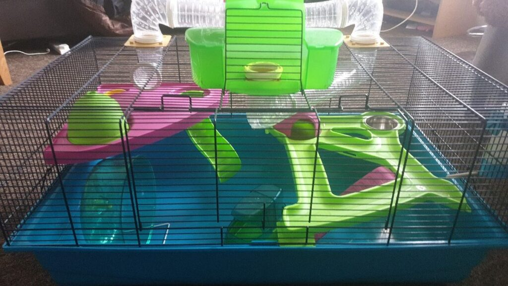 Hamster Heaven Cage by Savic.
